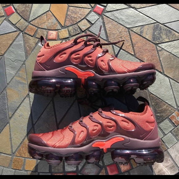 finest selection b62e9 3d3fd Air Vapormax Plus Burnt Orange ( W ) NWT